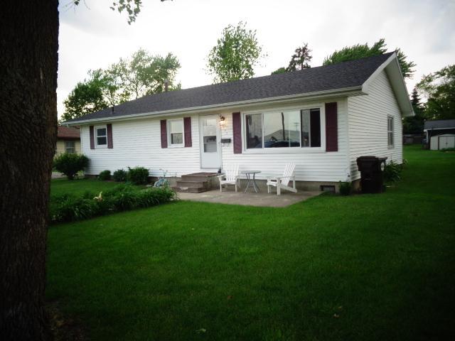 607 W Warren Street, LEROY, IL 61752 (MLS #10367385) :: Berkshire Hathaway HomeServices Snyder Real Estate