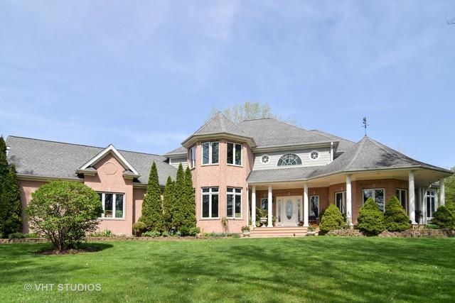 5N911 Dunham Circle, Wayne, IL 60184 (MLS #10369837) :: Berkshire Hathaway HomeServices Snyder Real Estate