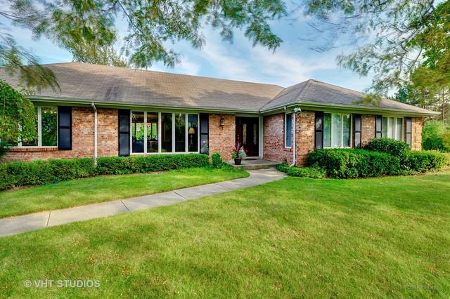 205 Enid Lane, Northfield, IL 60093 (MLS #10372119) :: Helen Oliveri Real Estate