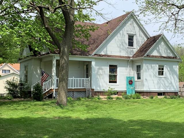 311 W Holmes Street, Paxton, IL 60957 (MLS #10372401) :: Ryan Dallas Real Estate