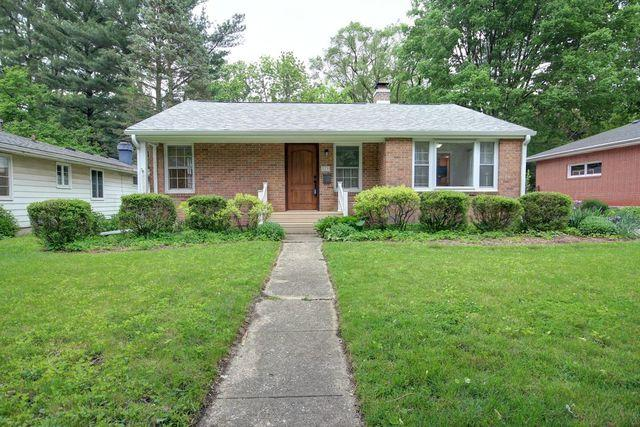113 W Delaware Avenue, Urbana, IL 61801 (MLS #10374989) :: Berkshire Hathaway HomeServices Snyder Real Estate