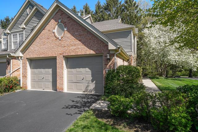 11 Wimbledon Court, Lincolnshire, IL 60069 (MLS #10382115) :: Helen Oliveri Real Estate