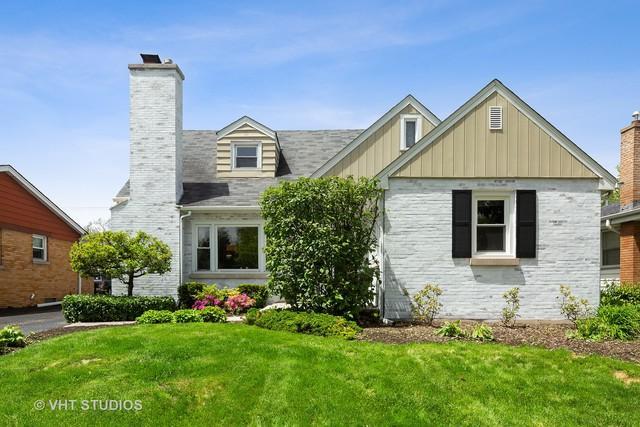 678 S Fairfield Avenue, Elmhurst, IL 60126 (MLS #10383852) :: Berkshire Hathaway HomeServices Snyder Real Estate