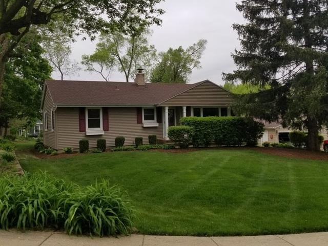9 Woodview Lane, Algonquin, IL 60102 (MLS #10384397) :: Berkshire Hathaway HomeServices Snyder Real Estate
