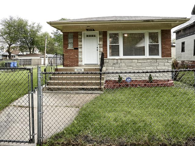 11719 S Harvard Avenue, Chicago, IL 60628 (MLS #10384446) :: Berkshire Hathaway HomeServices Snyder Real Estate