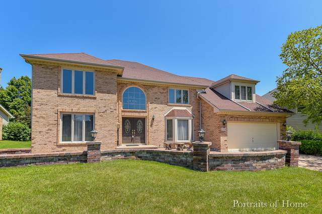 2736 Fox River Lane, Naperville, IL 60565 (MLS #10384636) :: The Wexler Group at Keller Williams Preferred Realty