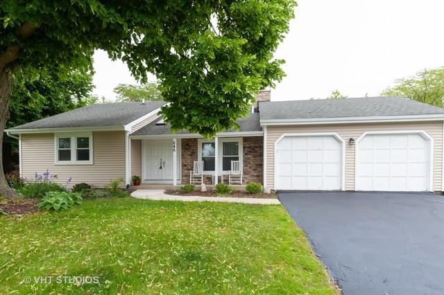 646 Stout Court, Gurnee, IL 60031 (MLS #10385336) :: The Perotti Group | Compass Real Estate