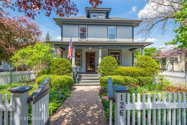 126 W Lake Street, Barrington, IL 60010 (MLS #10385788) :: Helen Oliveri Real Estate
