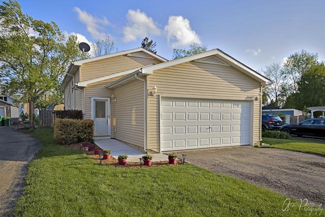132 Oaks Avenue, Wauconda, IL 60084 (MLS #10385944) :: Berkshire Hathaway HomeServices Snyder Real Estate