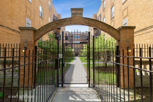 1637 W Farwell Avenue #1, Chicago, IL 60626 (MLS #10386216) :: Berkshire Hathaway HomeServices Snyder Real Estate
