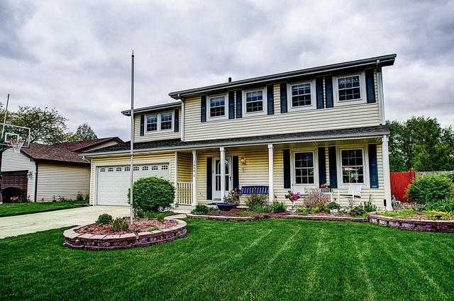 7646 W Glenshire Drive, Frankfort, IL 60423 (MLS #10387109) :: Berkshire Hathaway HomeServices Snyder Real Estate