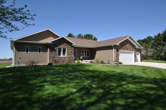 1246 Pinegar Road, Garden Prairie, IL 61038 (MLS #10387206) :: Berkshire Hathaway HomeServices Snyder Real Estate