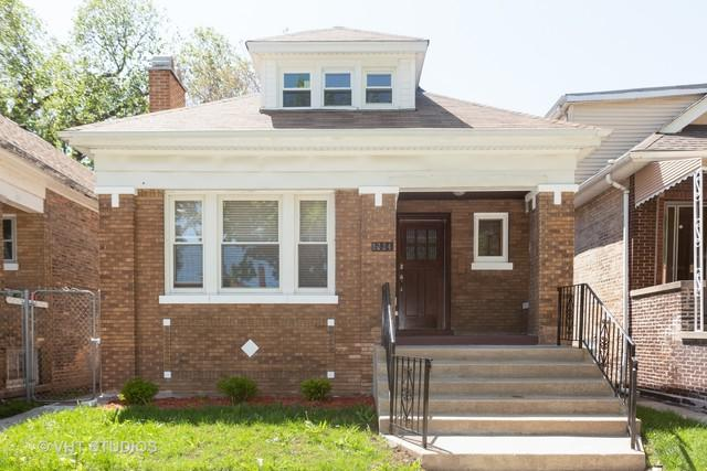 8224 S Kenwood Avenue, Chicago, IL 60619 (MLS #10390138) :: Berkshire Hathaway HomeServices Snyder Real Estate