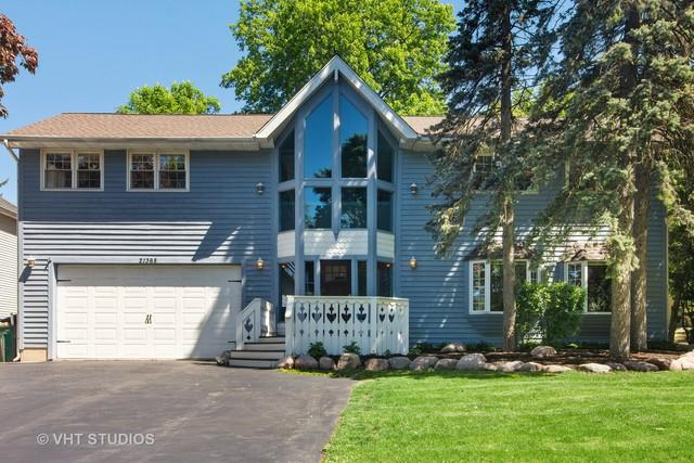 21368 W Willow Road, Lake Zurich, IL 60047 (MLS #10391784) :: Berkshire Hathaway HomeServices Snyder Real Estate