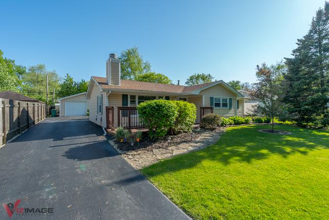16455 W 144th Place, Lockport, IL 60441 (MLS #10391947) :: Berkshire Hathaway HomeServices Snyder Real Estate