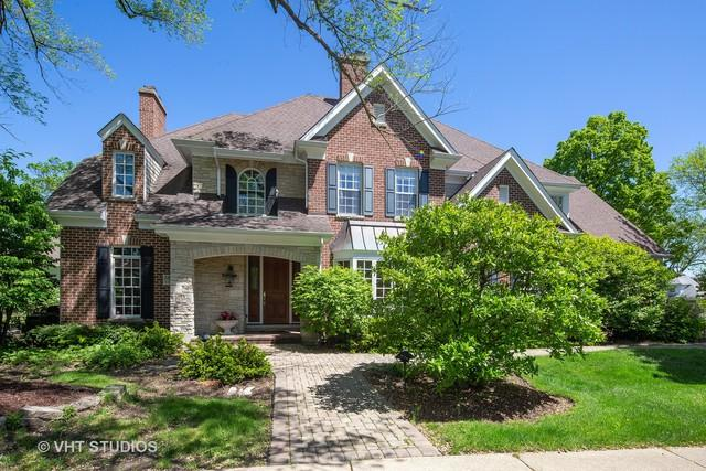 5514 S Elm Street, Hinsdale, IL 60521 (MLS #10392743) :: Ani Real Estate