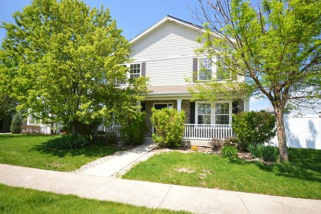 16330 Rookery Drive, Crest Hill, IL 60403 (MLS #10395147) :: Berkshire Hathaway HomeServices Snyder Real Estate