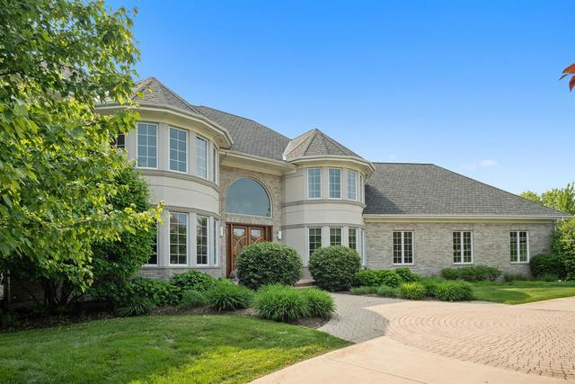 7N040 Whispering Trail Court, St. Charles, IL 60175 (MLS #10397567) :: Angela Walker Homes Real Estate Group