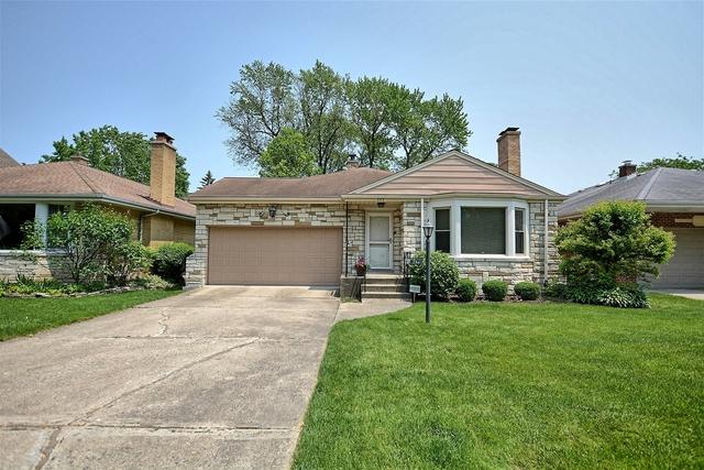 737 S Brainard Avenue, La Grange, IL 60525 (MLS #10399956) :: Helen Oliveri Real Estate