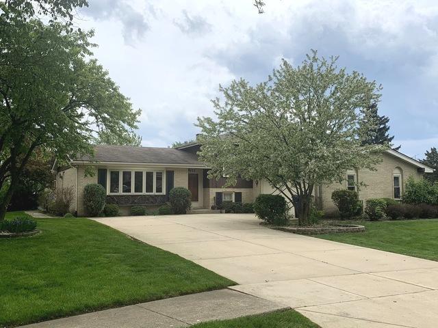 835 N Wyncroft Place, Addison, IL 60101 (MLS #10403263) :: Baz Realty Network   Keller Williams Elite
