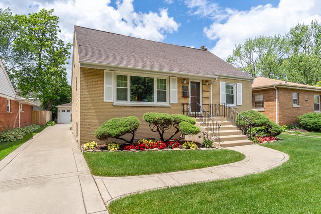 1440 N Maple Avenue, La Grange Park, IL 60526 (MLS #10412639) :: Touchstone Group