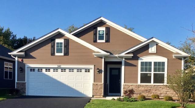340 S Fork Drive, Gurnee, IL 60031 (MLS #10413811) :: Helen Oliveri Real Estate