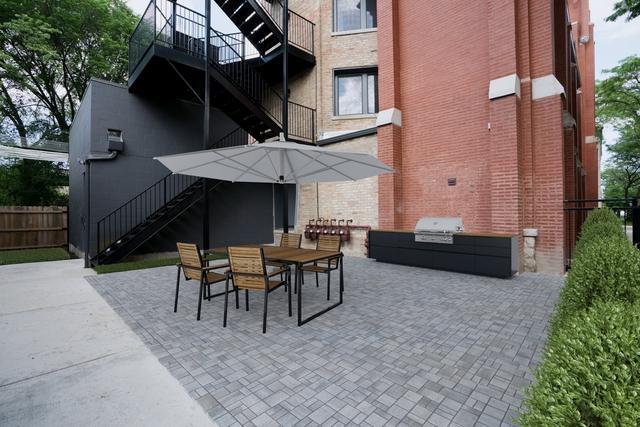 1302 N Artesian Avenue E, Chicago, IL 60622 (MLS #10416784) :: The Perotti Group | Compass Real Estate