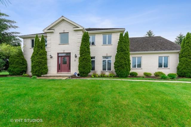 1 Middletree Lane, Hawthorn Woods, IL 60047 (MLS #10418379) :: Helen Oliveri Real Estate