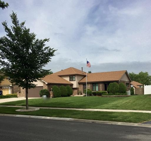 15329 Stradford Lane, Orland Park, IL 60462 (MLS #10419155) :: The Wexler Group at Keller Williams Preferred Realty