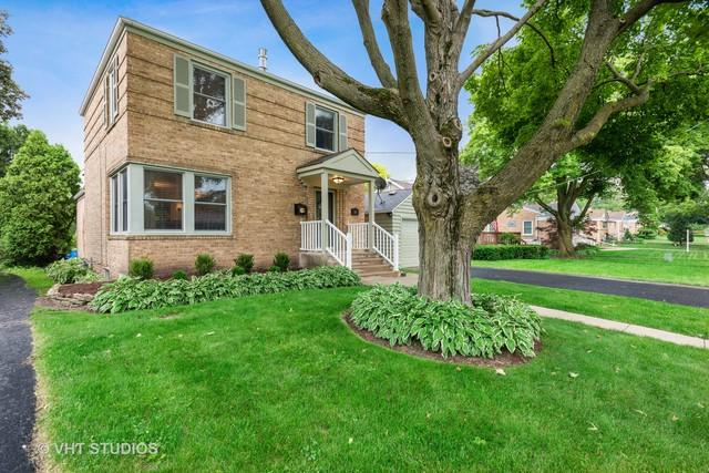 561 S Fairfield Avenue, Lombard, IL 60148 (MLS #10419889) :: Angela Walker Homes Real Estate Group