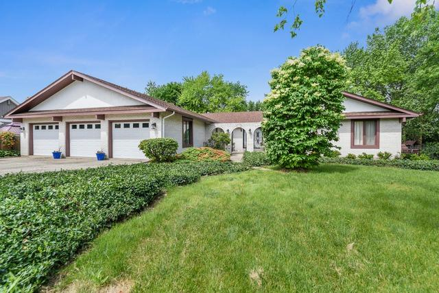 0N706 Herrick Drive, Wheaton, IL 60187 (MLS #10421894) :: The Mattz Mega Group