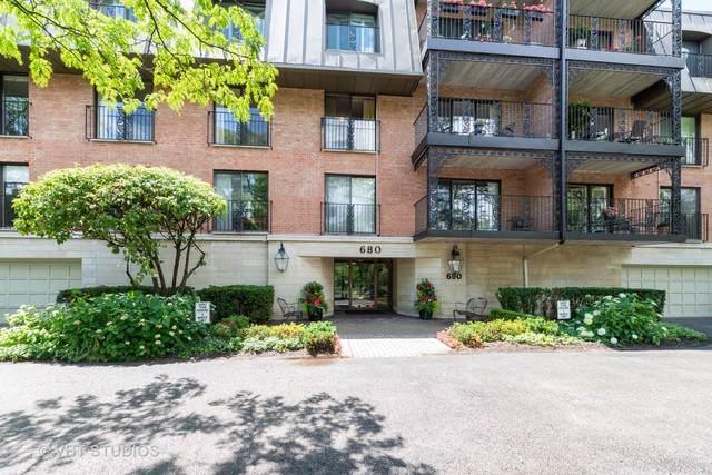 680 Green Bay Road #203, Winnetka, IL 60093 (MLS #10428374) :: Berkshire Hathaway HomeServices Snyder Real Estate