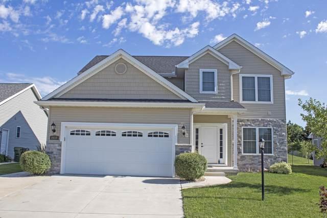 2117 E Slade Lane, Mahomet, IL 61853 (MLS #10428426) :: Property Consultants Realty