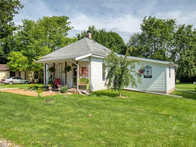 310 E Adams Street, Towanda, IL 61776 (MLS #10433735) :: Jacqui Miller Homes
