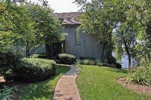 291 Deer Trail Court A, Lake Barrington, IL 60010 (MLS #10434466) :: Helen Oliveri Real Estate
