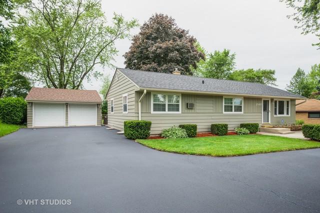 2540 N Bonnie Brook Lane, Waukegan, IL 60087 (MLS #10435804) :: Littlefield Group