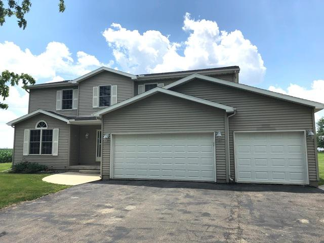 405 S 5th Street, Wapella, IL 61777 (MLS #10437347) :: Berkshire Hathaway HomeServices Snyder Real Estate