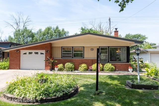 136 Sherry Lane, Chicago Heights, IL 60411 (MLS #10440101) :: Baz Realty Network | Keller Williams Elite