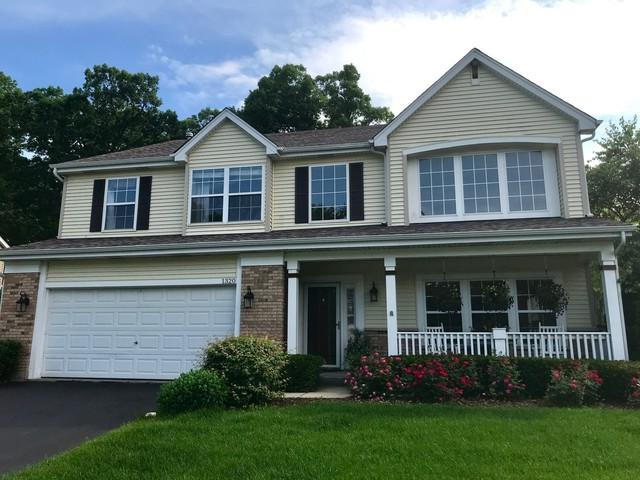 1320 Mayfair Lane, Grayslake, IL 60030 (MLS #10445262) :: Berkshire Hathaway HomeServices Snyder Real Estate