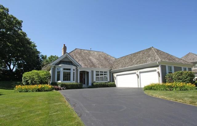 6501 Old Oak Road, Libertyville, IL 60048 (MLS #10449106) :: Property Consultants Realty