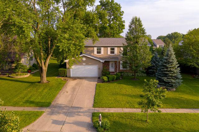 643 S Brentwood Drive, Crystal Lake, IL 60014 (MLS #10449283) :: Berkshire Hathaway HomeServices Snyder Real Estate