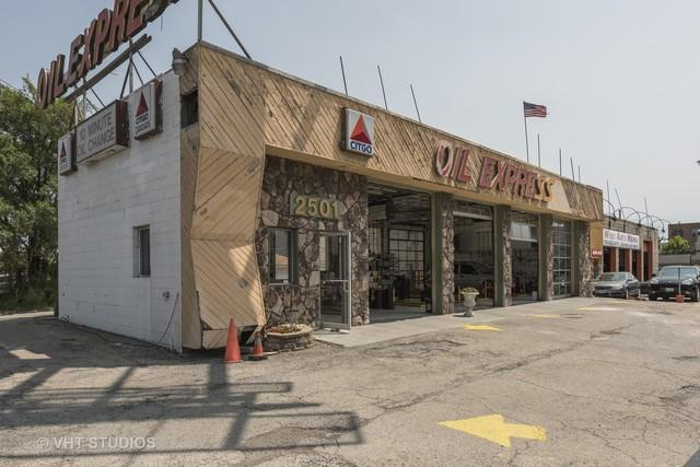 2501 Western Avenue, Chicago, IL 60647 (MLS #10449869) :: Property Consultants Realty