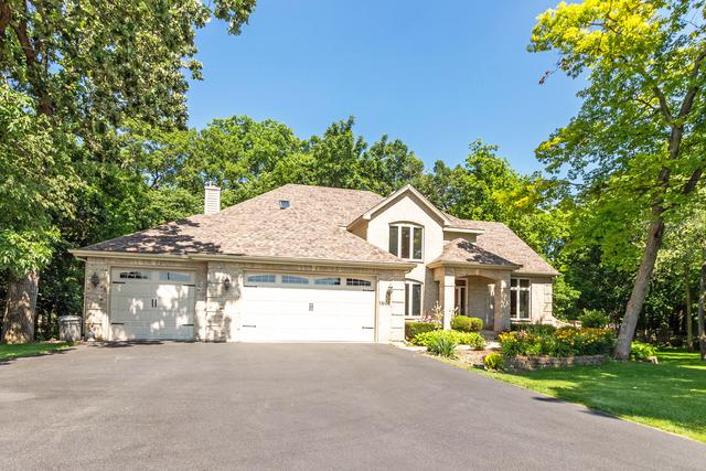 1502 N Applewood Lane, Spring Grove, IL 60081 (MLS #10451661) :: Baz Realty Network | Keller Williams Elite