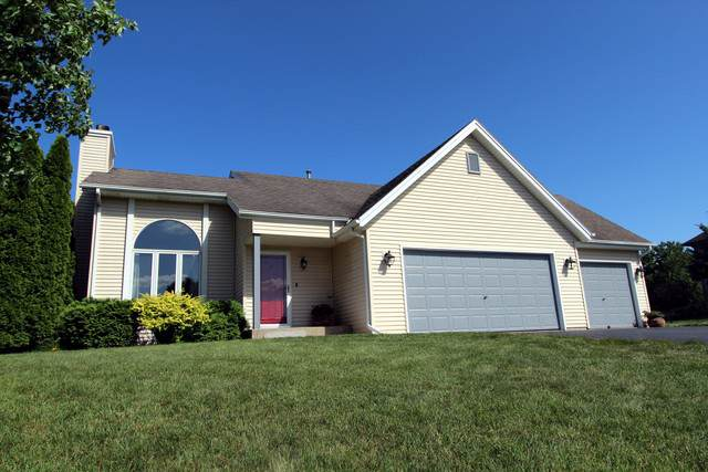 8385 Al Ben Ken Road, Roscoe, IL 61073 (MLS #10451796) :: The Perotti Group | Compass Real Estate