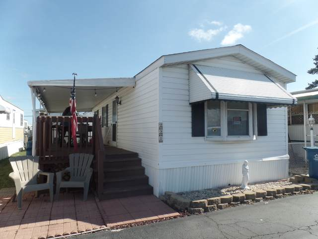 9001 S Cicero Avenue #221, Oak Lawn, IL 60453 (MLS #10453327) :: Property Consultants Realty