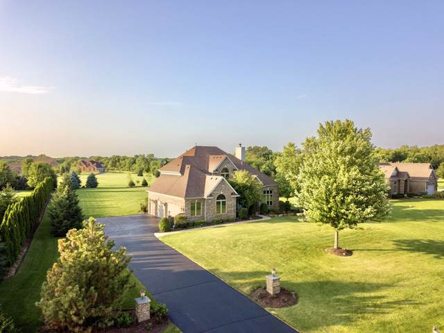 3812 Redwood Court, Spring Grove, IL 60081 (MLS #10454907) :: Berkshire Hathaway HomeServices Snyder Real Estate