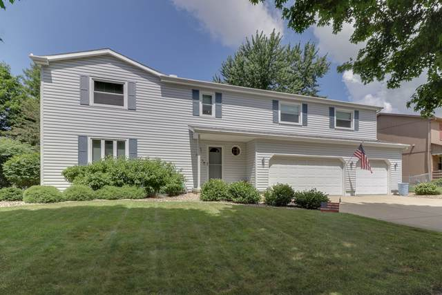 205 S Evergreen Lane, Bloomington, IL 61704 (MLS #10455625) :: Ryan Dallas Real Estate