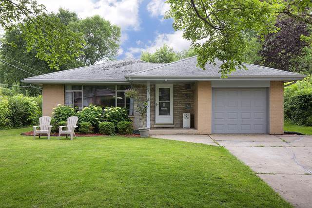 263 Riverside Drive, Northfield, IL 60093 (MLS #10455781) :: The Perotti Group | Compass Real Estate