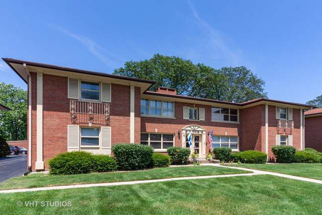 10740 W Cermak Road 2E, Westchester, IL 60154 (MLS #10456624) :: Berkshire Hathaway HomeServices Snyder Real Estate