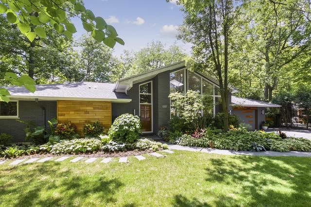 1227 Glenoak Lane, Northbrook, IL 60062 (MLS #10456913) :: Helen Oliveri Real Estate